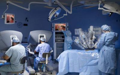 Extirpado un tumor con la paciente despierta, gracias a la tecnología del Robot Da Vinci